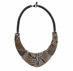 collier-plastron-90142-python-marron-angelles